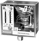 Honeywell, Inc. L604A1169 Pressuretrol Controller, 2-15 psi, Isolated SPST (two)